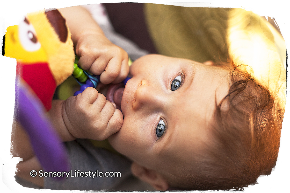 Baby Activities : Month 4: Top 10 Sensory Activities for 4 month old baby