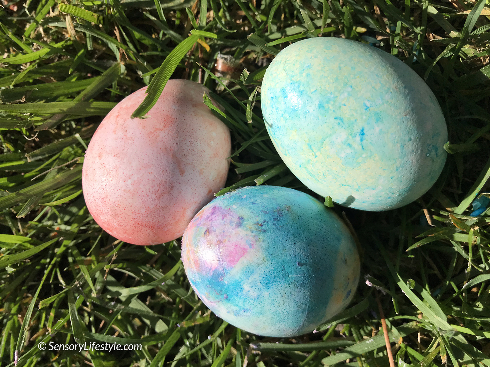 Egg Coloring Fun!