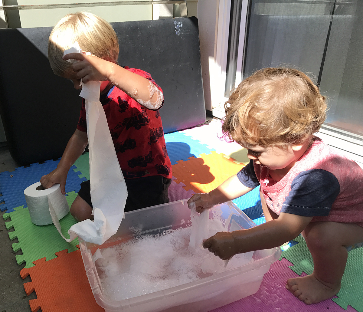 Recipes : Clean Mess Recipe for Sensory Play