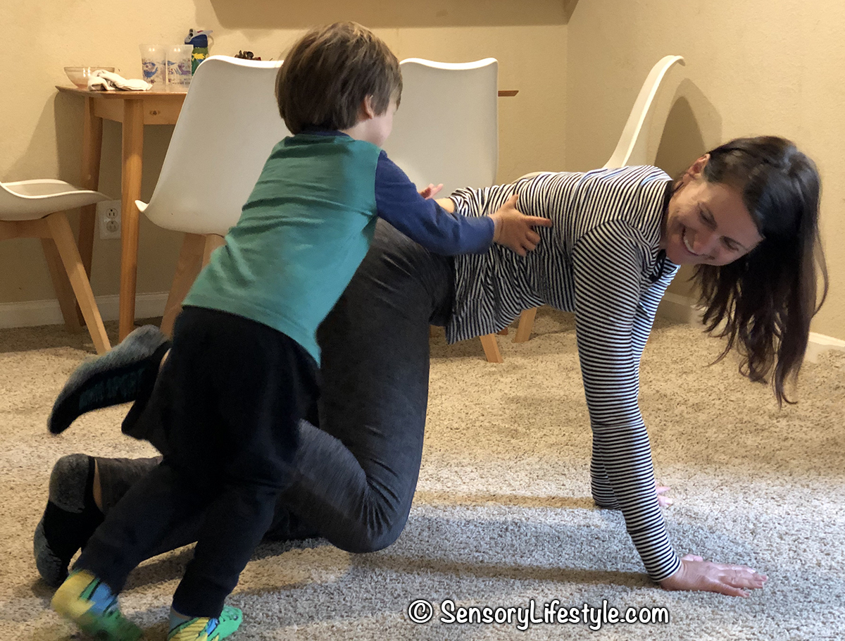 Indoor movement activities for kids: Statue game